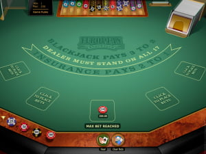 Mesa de BlackJack Europeo Multihand Oro